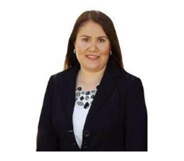 Aide Macías Agente Inmobiliario Investo Bienes Raíces